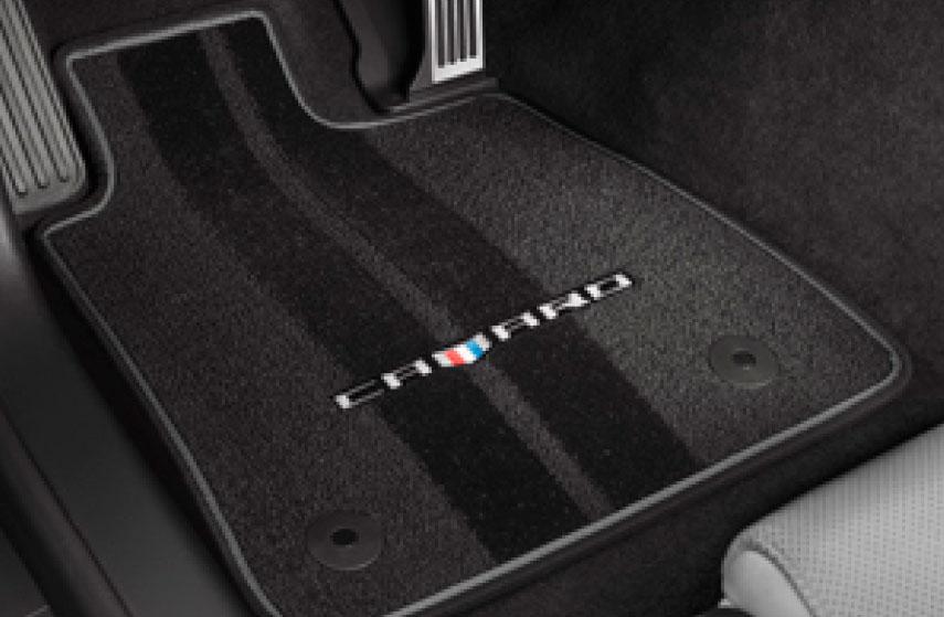 Tapete de alfombra delanteros y traseros con logo performance\ contorno gris